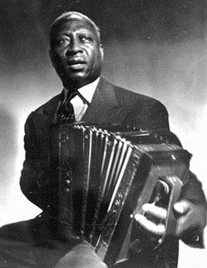 the origin and history of the blues Origins - the earliest forms of what we now know as blues music originated from the southern regions of the united states among communities of african americans in the second half of the 19th one of the greatest personalities in blues music history was blind lemon jefferson, who was born in 1893 and died in 1929.